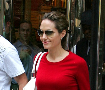 Angelina Jolie in Oliver Peoples Strummer.jpg