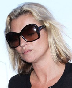 Kate Moss Prada PR18IS.jpg