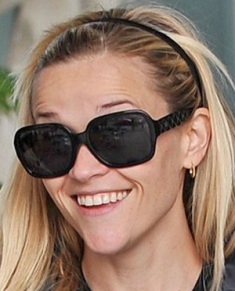Reese Witherspoon Chanel 5124.jpg