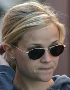 Reese Witherspoon w Oliver Peoples Aero.jpg