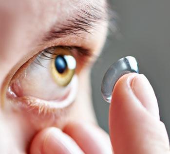 Jak prawidłowo użytkować soczewki kontaktowe?